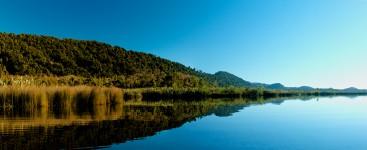 lake-moeraki-reflection-lake-moeraki-2-2